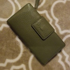 Olive green fossil wallet